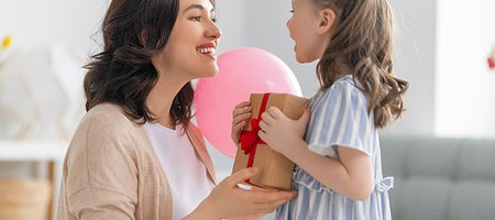 NRF: Record-Breaking 2021 Mother's Day Sales Will Be Spurred by the Jewelry Category